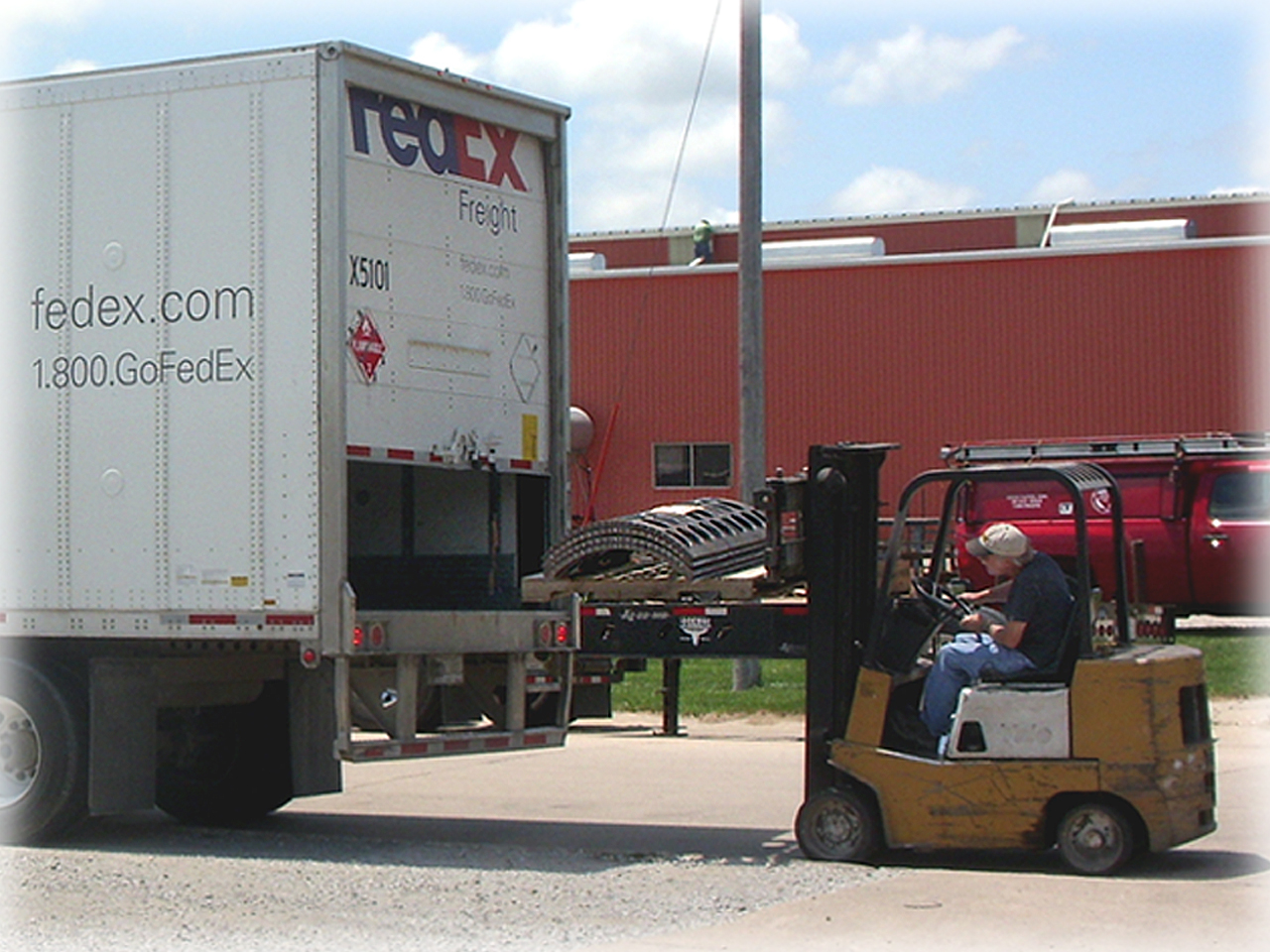 Screens getting loaded for shipment 2
